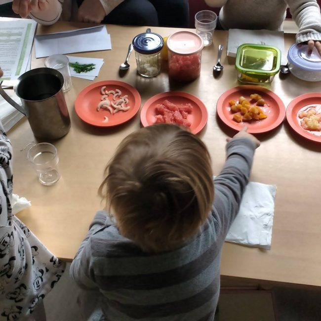 Atelier sensoriel en crèche